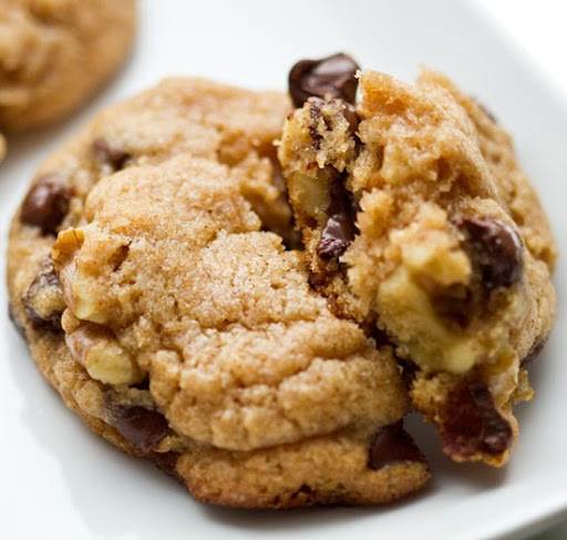 chocolate-chip-walnut-cookies-9.jpg