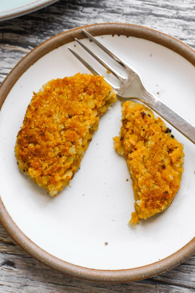 pumpkin chickpea fritters sliced