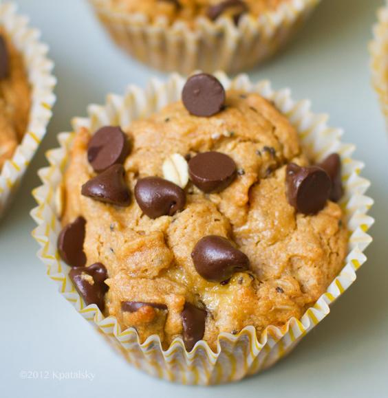 peanut-butter-muffins-chocolate252016sq_edited-1.jpg