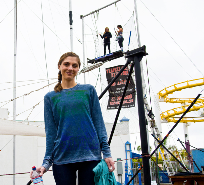 trapeze-me25204.jpg