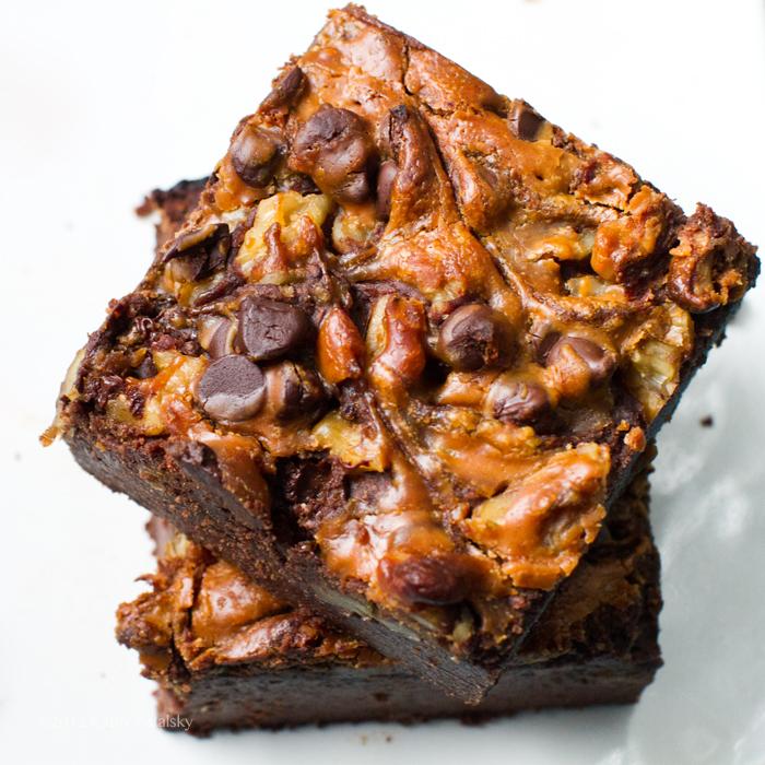 brownies-black-bean252063_edited-1.jpg