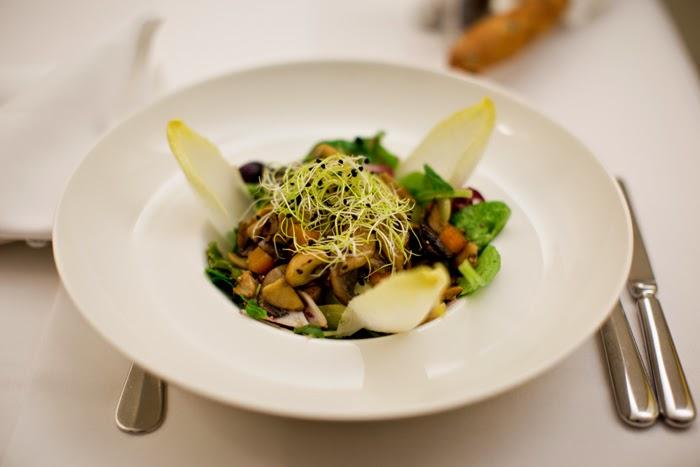 vegan salad in switzerland