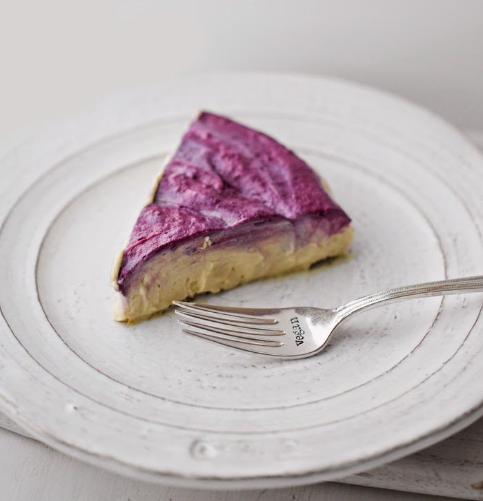 Vegan Blackberry Cheesecake