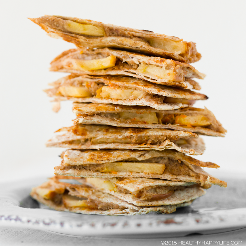 2015_09_13_apple-fall-snacks_9999_129apple-turnover-trianglesapple-fall820w.png
