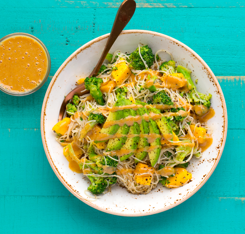 k-2017_04_05_9-22-16_9999_37healthyhappylife-veganpeanut-broccoli-rice-noodle-bowlEASY.png