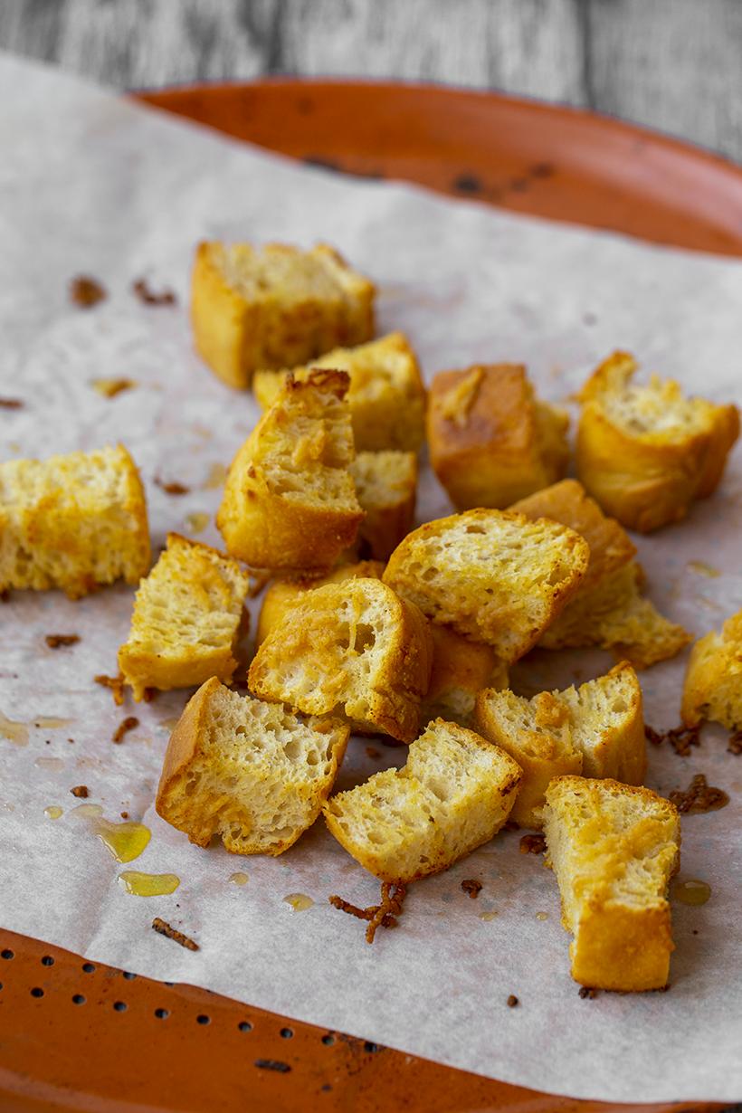 Garlic Parmesan Croutons