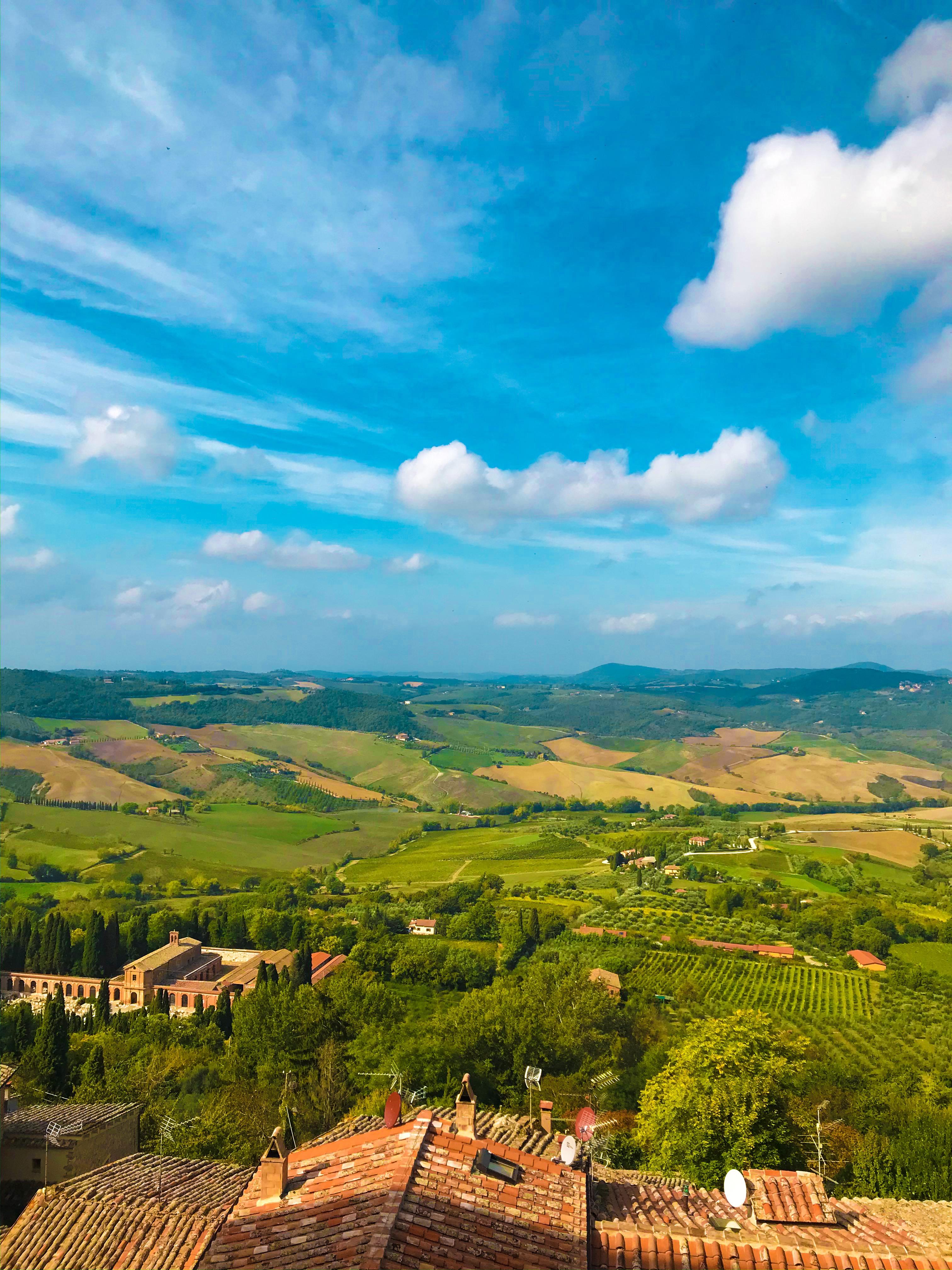Overlook, tuscany, montepulciano