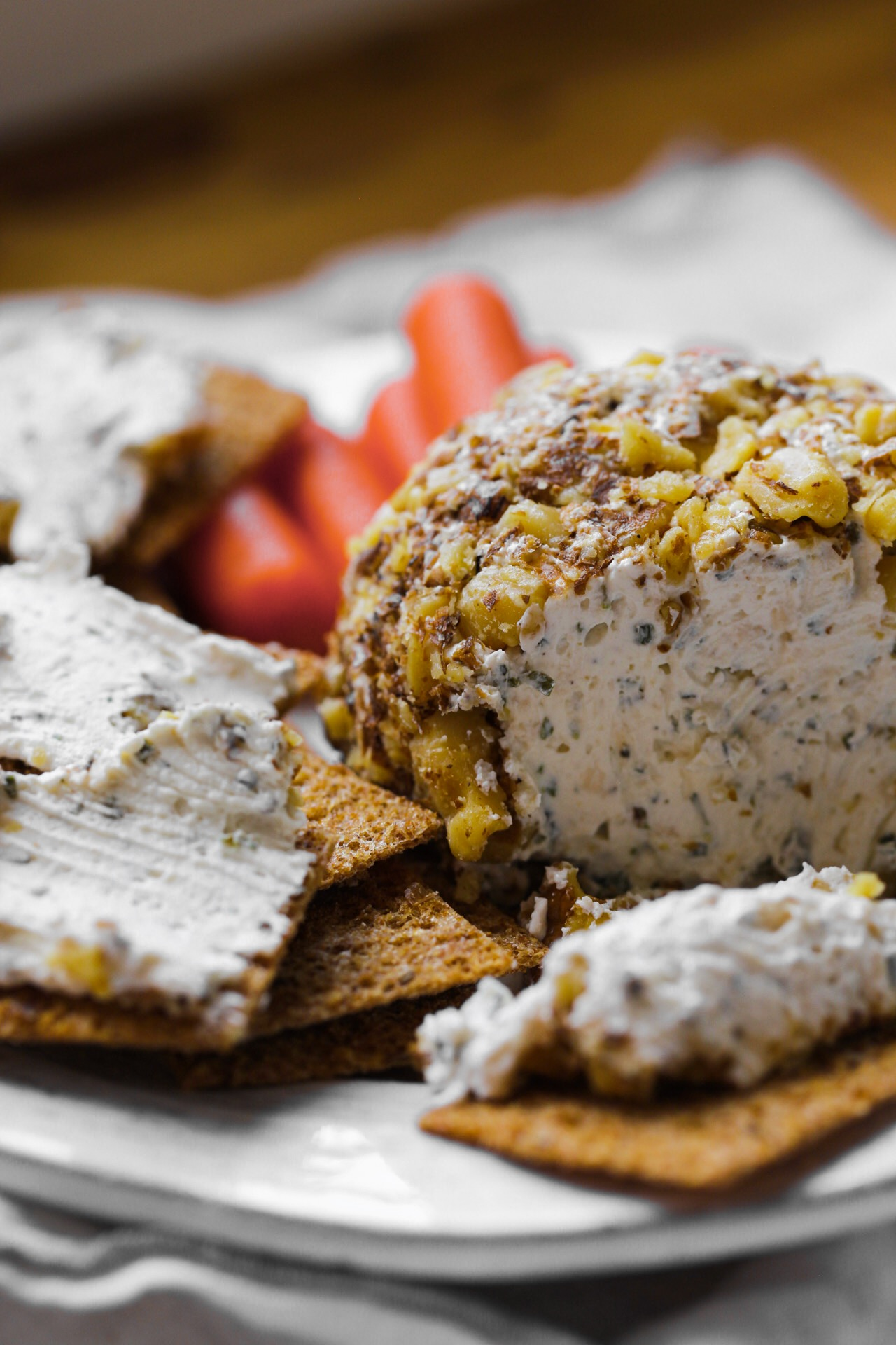 garlic herb cheese ball