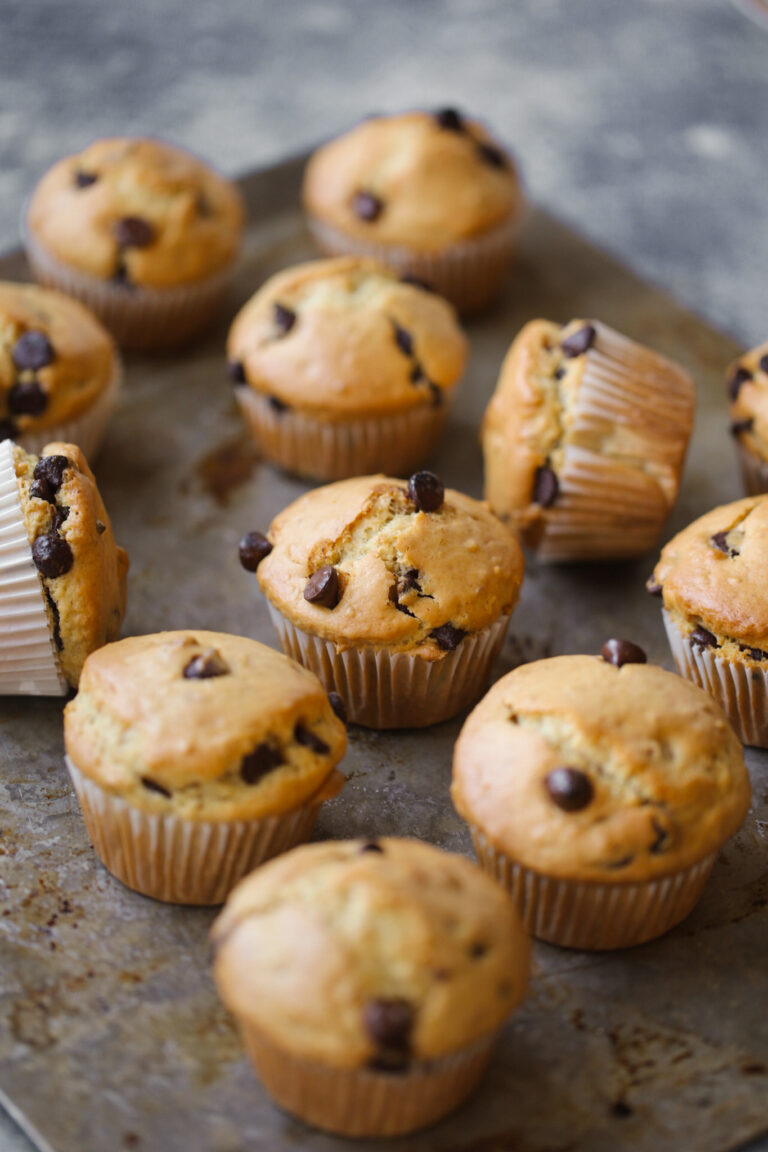 chocolate chip muffins
