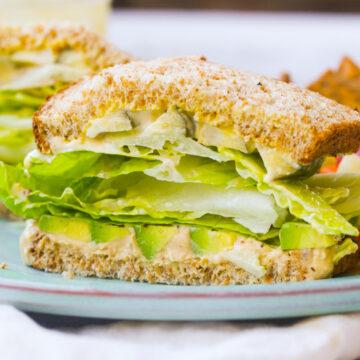 Green Crunch 'n 'Cado Sandwich