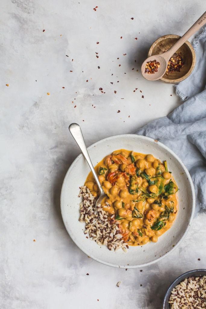 tomato chickpea curry quarantine meal