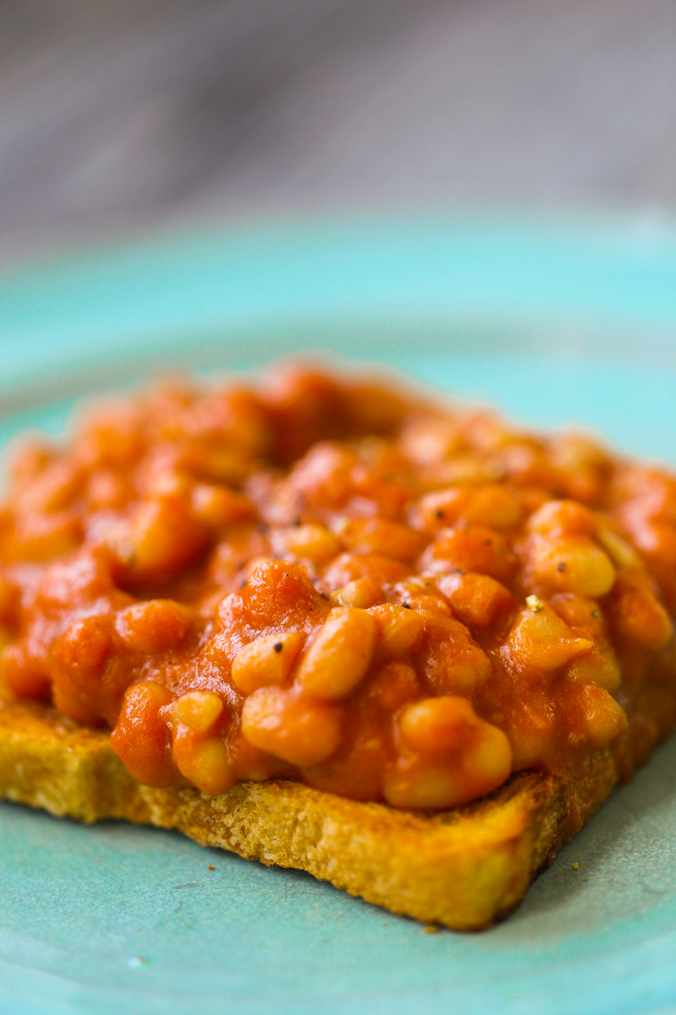 easy baked beans on toast