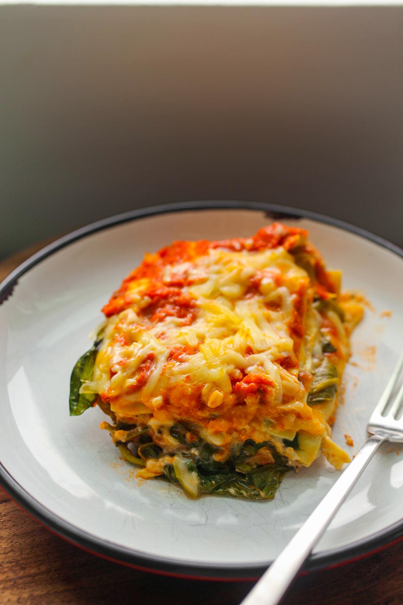 spinach mushroom lasagna  healthyhappylife