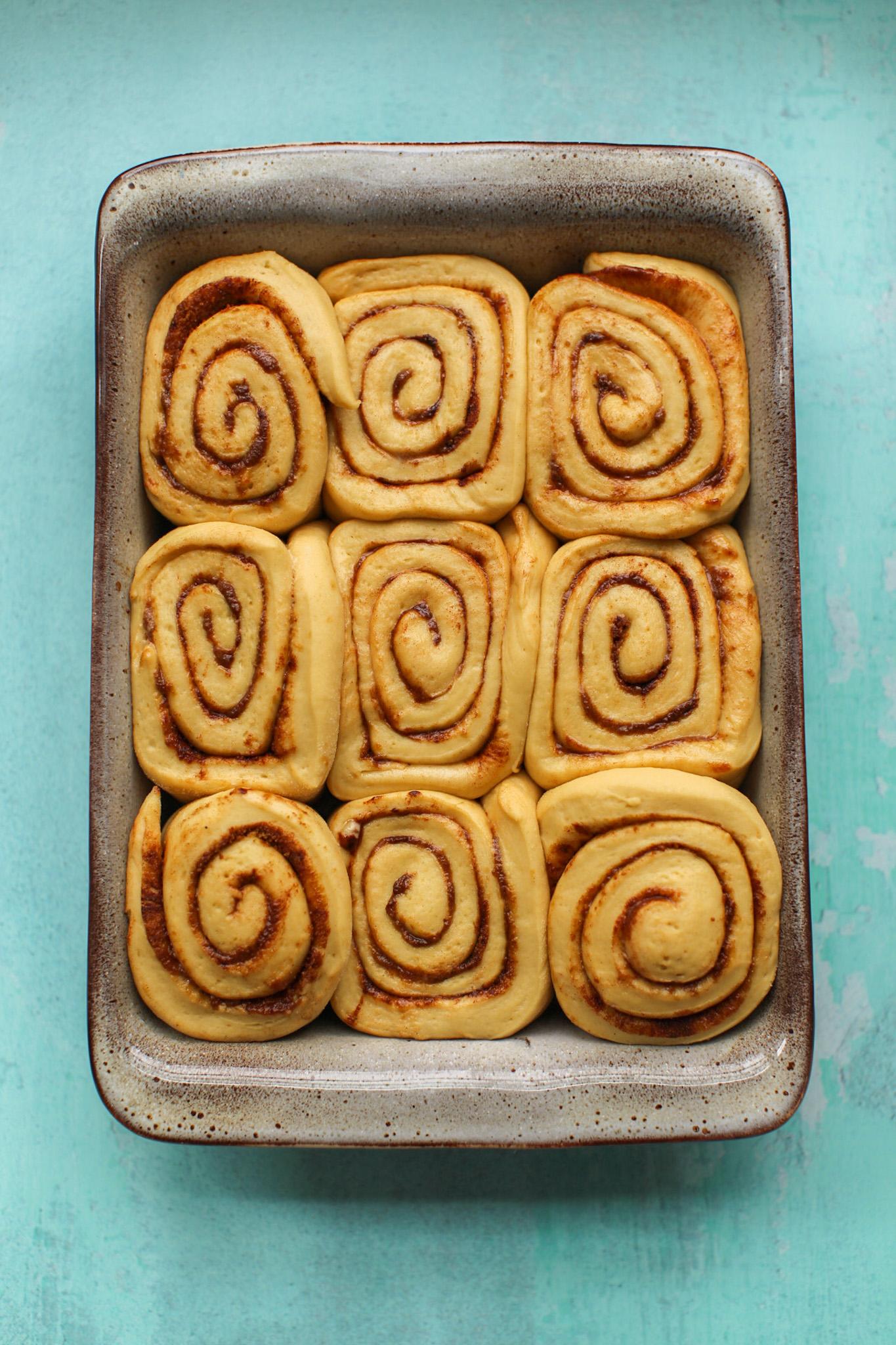 fluffy cinnamon rolls dough