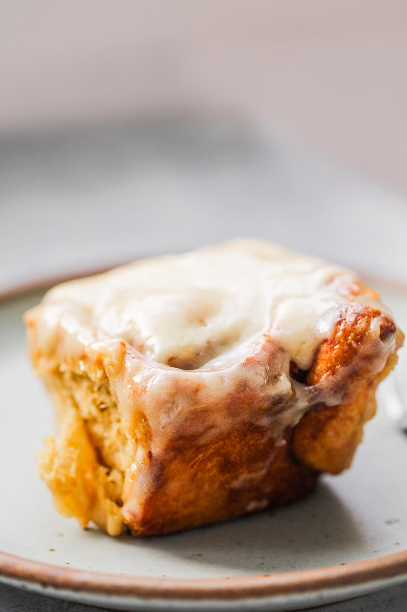 fluffy cinnamon roll