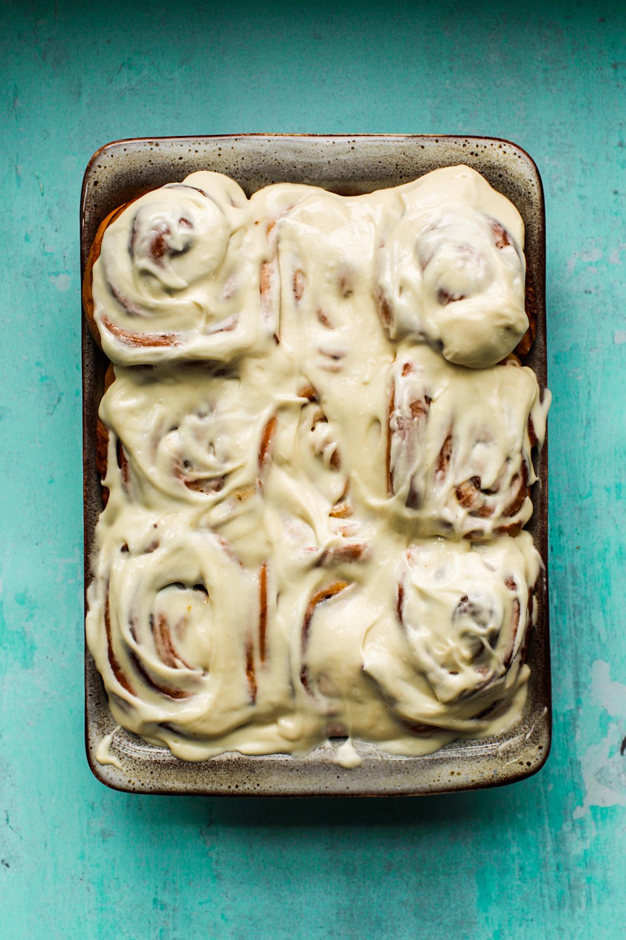 frosting on cinnamon rolls