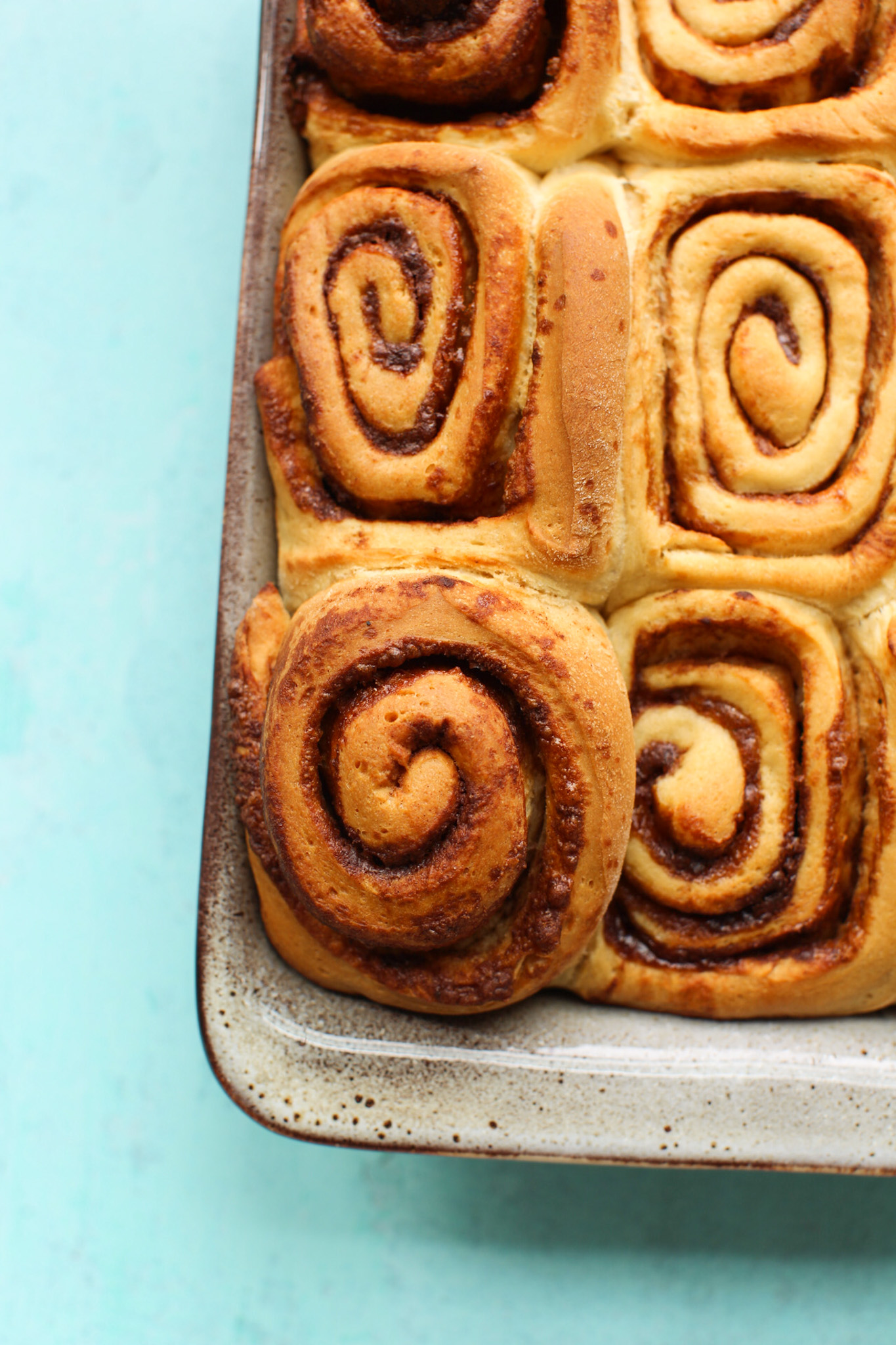 baked cinnamon rolls unfrosted