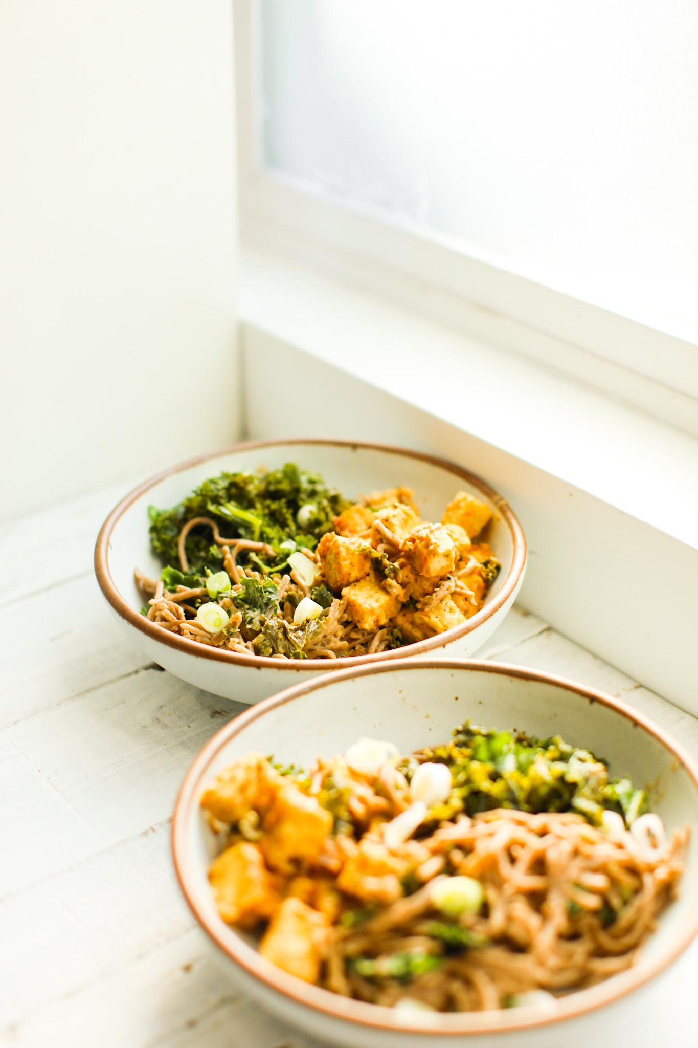 macarrão de couve tempeh amendoim