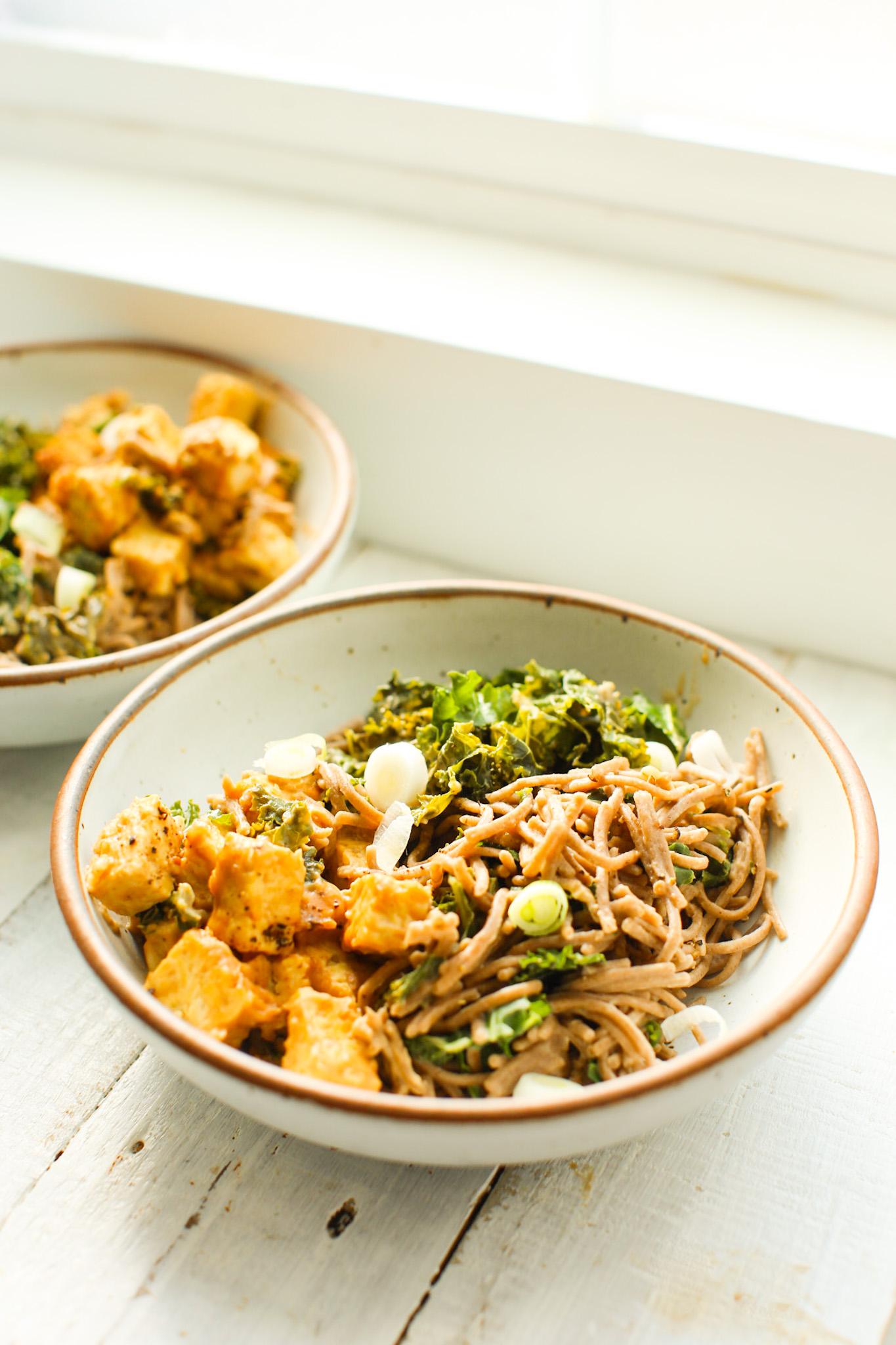 peanut tempeh kale noodles
