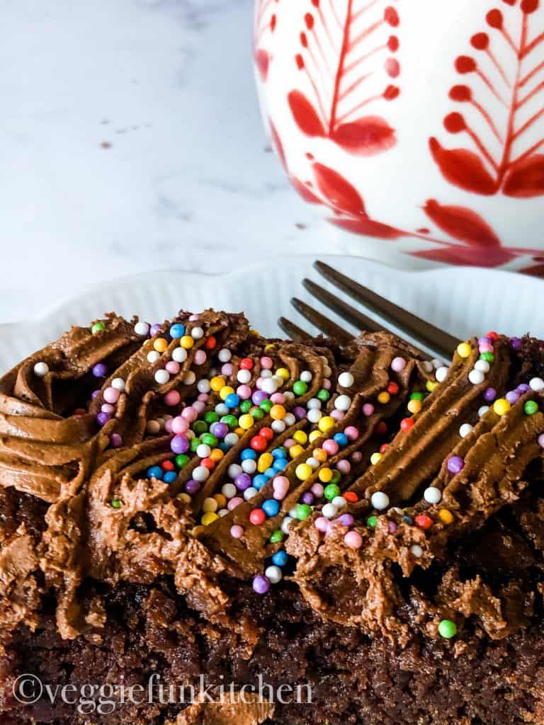 cindy's brownie cake