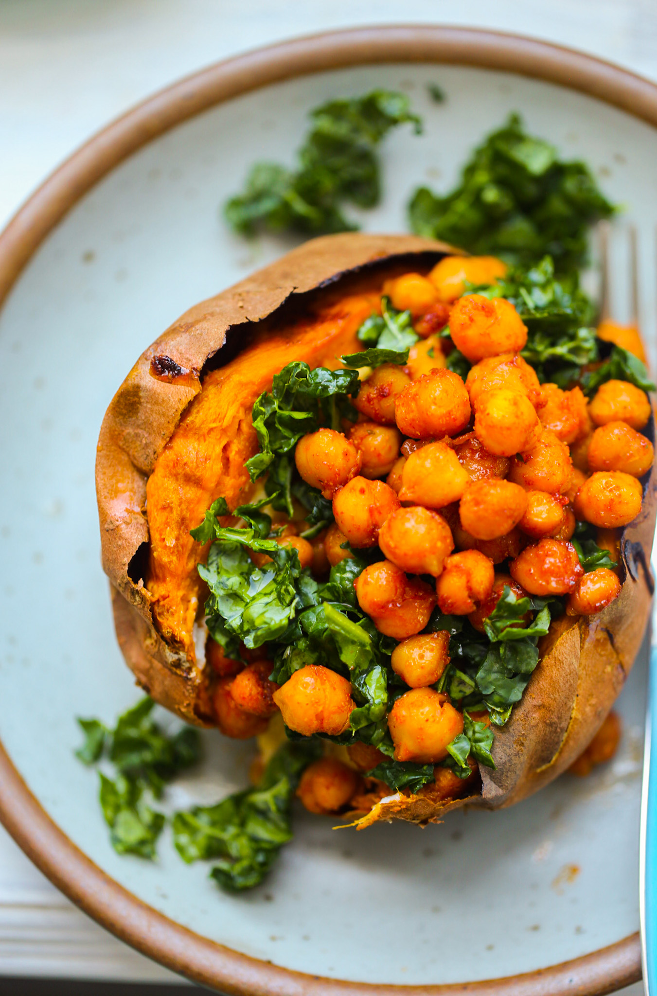 chickpea-stuffed sweet potatoes
