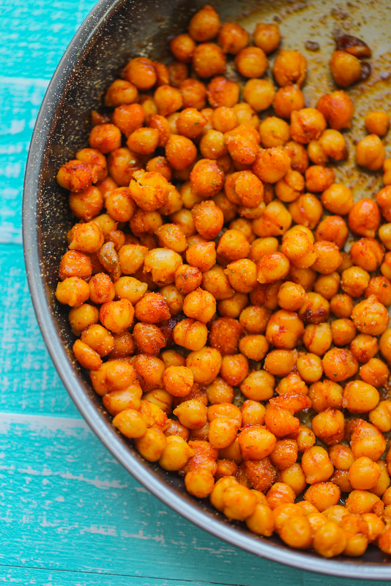 sweet and smoky skillet chickpeas